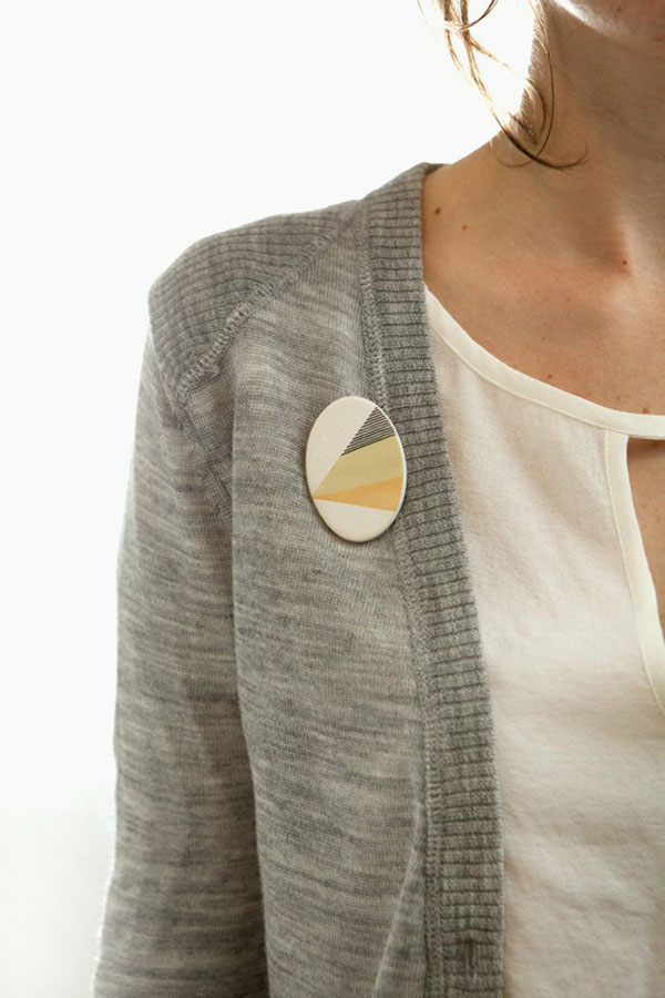 Awesome Yet Inspiring Button Brooches Crafts With Buttons 16 Awesome Yet Inspiring Button Brooches | Crafts With Buttons