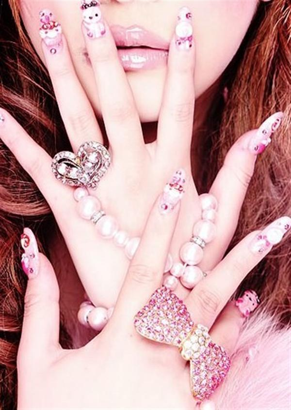 Elegant And Beautiful Japanese 3D Nail Art Designs, Supplies And Gallery-5