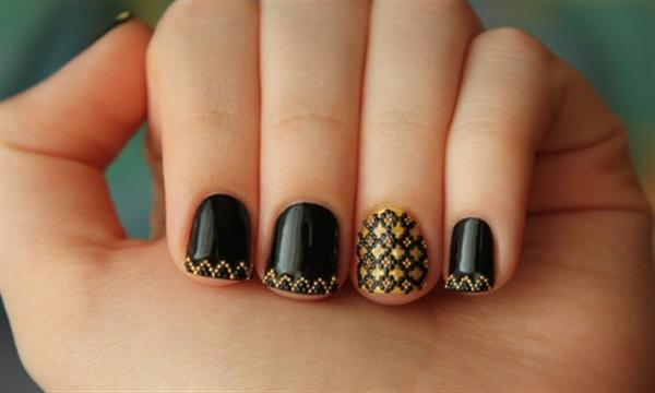 Simple Black Nail Art Designs & Supplies For Beginners-5