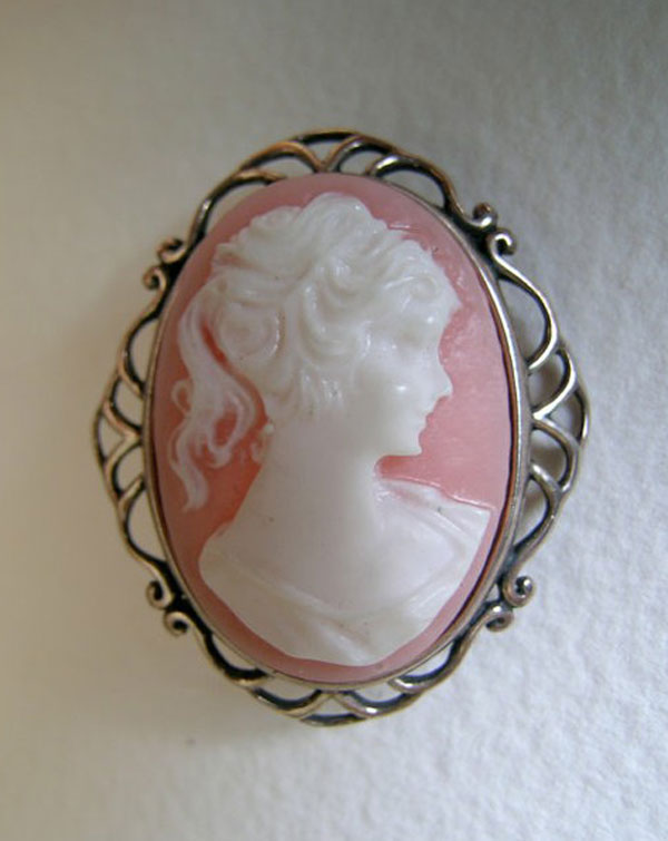 Awesome Inspiring Cameo Brooches From Etsy 5 Awesome & Inspiring Cameo Brooches From Etsy