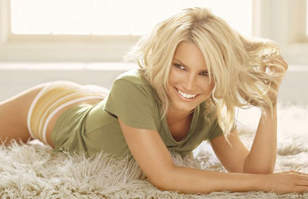 12-Pictures-Of-Jessica-Simpson-Short-Hairstyles-12