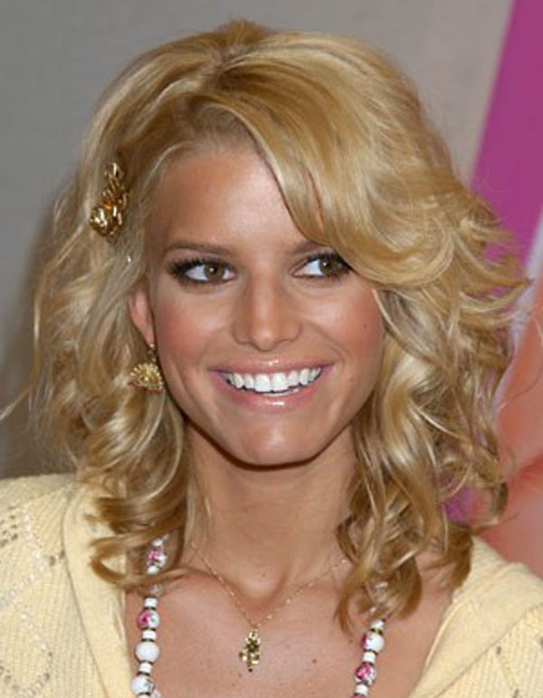 12 Pictures Of Jessica Simpson Short Hairstyles 4 12 Pictures Of Jessica Simpson Short Hairstyles & Haircuts