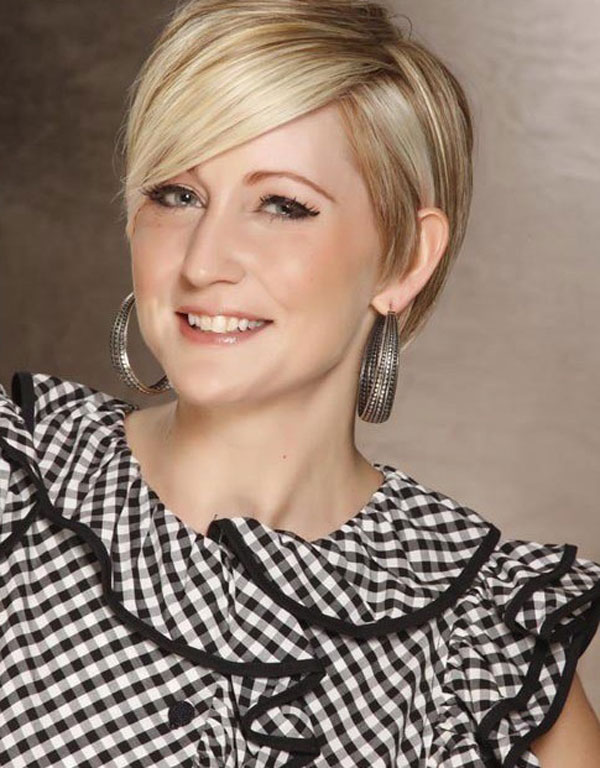Creative Keep Reading This Article On Latest Trending Short Haircuts And Hairstyles, If You Are Just As  Careinfoin The Pixie Bob Haircut Is One Of The Most Trending Hairstyles For Women Who Are Just Confused Between The Two Haircuts You Can