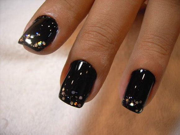 15-Best-Simple-Black-Nail-Art-Designs-Supplies-Galleries-For-Beginners-4