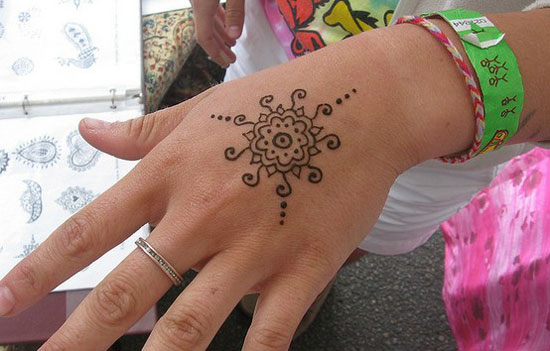 30-Easy-Simple-Mehndi-Designs-Henna-Patterns-2012-Henna-Tattoo-For-Beginners-16