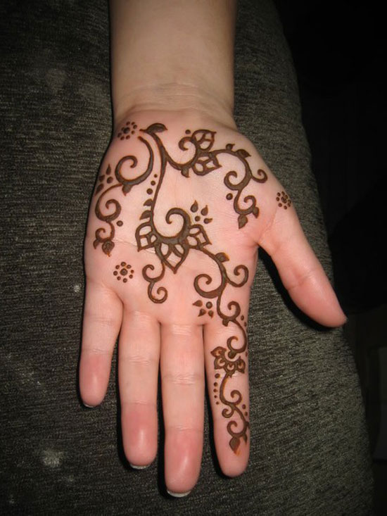 Simple Henna Tattoo Henna Tattoo: 30 Easy & Simple Mehndi Designs & Henna Patterns 2012