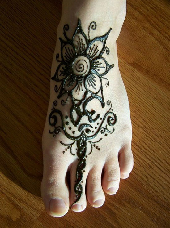 30 Very Simple Easy Best Mehndi Patterns For Hands Feet 2012 Henna Designs For Beginners 25 30 Very Simple, Easy & Best Mehndi Patterns For Hands & Feet 2012 | Henna Designs For Beginners