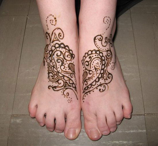 30 Very Simple Easy Best Mehndi Patterns For Hands Feet 2012 Henna Designs For Beginners 26 30 Very Simple, Easy & Best Mehndi Patterns For Hands & Feet 2012 | Henna Designs For Beginners