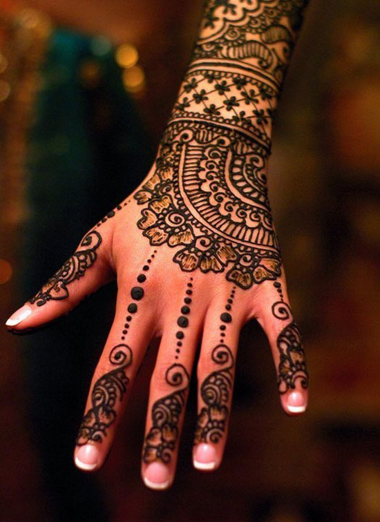 40 Photos Of Simple Yet Elegant Arabic Mehndi Henna Designs 2012 For Hands Feet 10 40 Photos Of Simple Yet Elegant Arabic Mehndi & Henna Designs 2012 For Hands & Feet