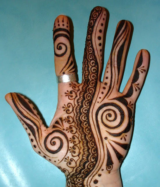 40-Photos-Of-Simple-Yet-Elegant-Arabic-Mehndi-Henna-Designs-2012-For-Hands-Feet-18