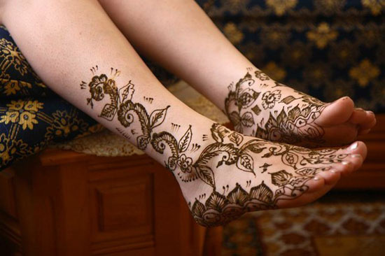 40 Photos Of Simple Yet Elegant Arabic Mehndi Henna Designs 2012 For Hands Feet 22 40 Photos Of Simple Yet Elegant Arabic Mehndi & Henna Designs 2012 For Hands & Feet