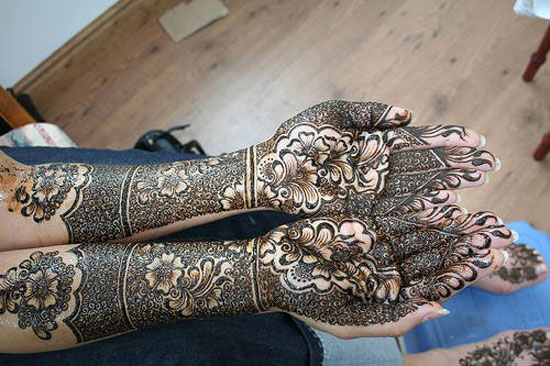 40 Photos Of Simple Yet Elegant Arabic Mehndi Henna Designs 2012 For Hands Feet 7 40 Photos Of Simple Yet Elegant Arabic Mehndi & Henna Designs 2012 For Hands & Feet