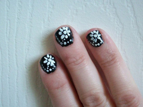 20-Easy-Simple-Black-Nail-Art-Designs-Supplies-Galleries-For-Beginners-16