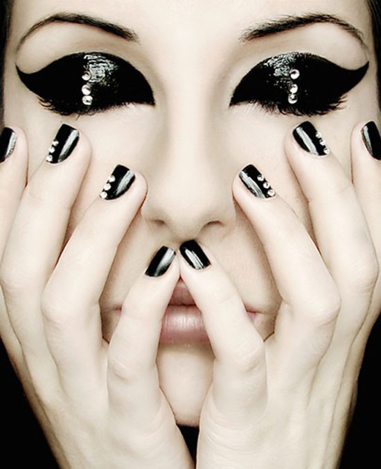 20-Easy-Simple-Black-Nail-Art-Designs-Supplies-Galleries-For-Beginners-19