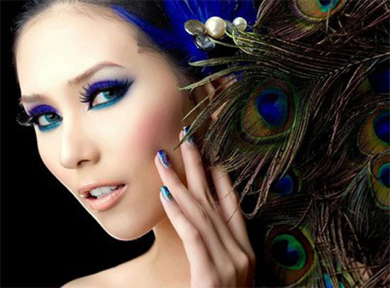 20 Peacock Feather Inspired Eye Make Up Designs Ideas Looks 11 20 + Peacock Feather Inspired Eye Make Up Designs, Ideas & Looks