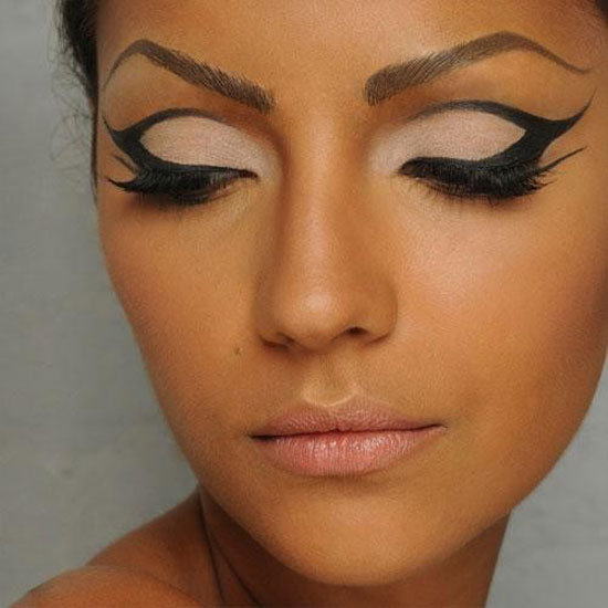 25-Best-Black-Perfect-Eye-liner-Styles-Designs-Looks-Ideas-17