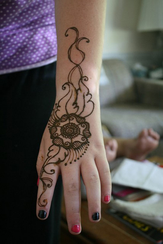 40 Best Eid Mehndi Designs Henna Patterns For Full Hands Feet 2012 12 40 Best Eid Mehndi Designs & Henna Patterns For Full Hands & Feet 2012