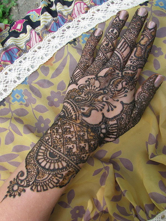 40 Best Eid Mehndi Designs Henna Patterns For Full Hands Feet 2012 21 40 Best Eid Mehndi Designs & Henna Patterns For Full Hands & Feet 2012