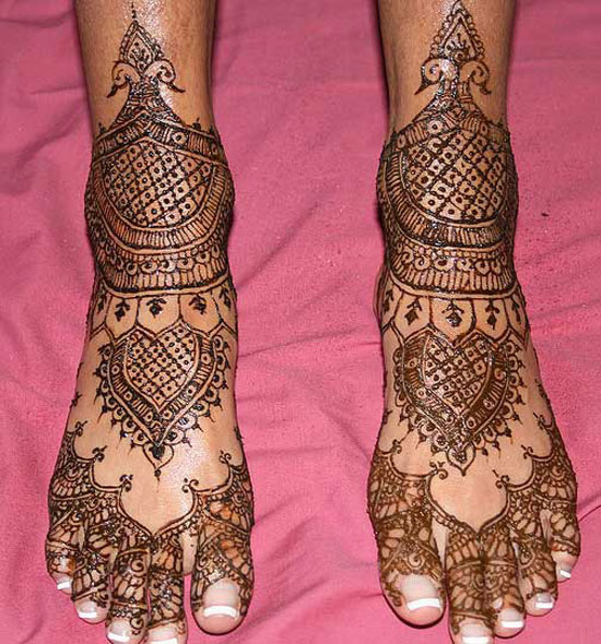 40 Best Eid Mehndi Designs Henna Patterns For Full Hands Feet 2012 24 40 Best Eid Mehndi Designs & Henna Patterns For Full Hands & Feet 2012