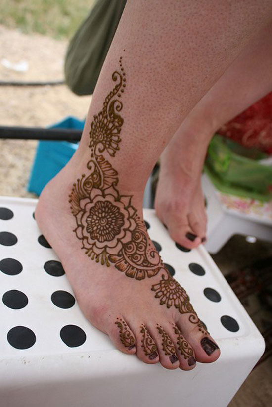 40 Best Eid Mehndi Designs Henna Patterns For Full Hands Feet 2012 30 40 Best Eid Mehndi Designs & Henna Patterns For Full Hands & Feet 2012