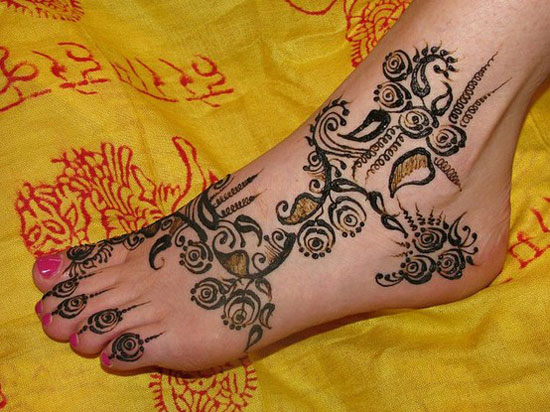 40 Best Eid Mehndi Designs Henna Patterns For Full Hands Feet 2012 31 40 Best Eid Mehndi Designs & Henna Patterns For Full Hands & Feet 2012