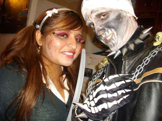 15 Scary Creative Yet Unique Halloween Costume Inspirational Ideas 2012 For Couples 11 15 Scary, Creative Yet Unique Halloween Costume Inspirational Ideas 2012 For Couples