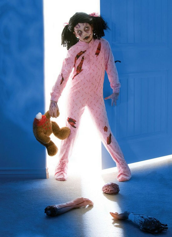 20 best unique creative yet scary halloween costume for Cool halloween costumes for kids girls