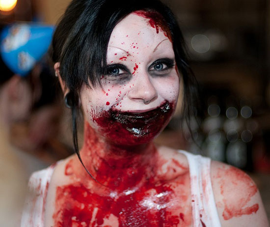 25-Best-Crazy-Scary-Halloween-Make Up-Looks-Ideas-2012-For-Girls-Women-12