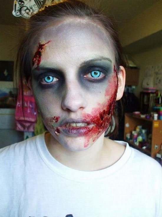 25 Best Crazy Scary Halloween Make Up Looks Ideas 2012 For Girls Women 3 25 Best, Crazy & Scary Halloween Make Up Looks & Ideas 2012 For Girls & Women