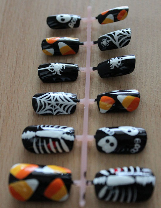 25 Best Scary Halloween Nail Art Designs Ideas 2012 20 25 Best & Scary Halloween Nail Art Designs & Ideas 2012