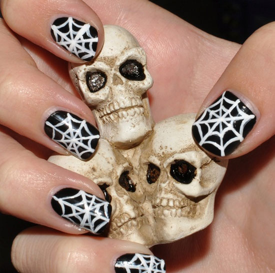 25 Simple Easy Scary Halloween Nail Art Designs Ideas Pictures 2012 2 25 Simple, Easy & Scary Halloween Nail Art Designs, Ideas & Pictures 2012