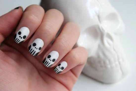 25 Simple Easy Scary Halloween Nail Art Designs Ideas Pictures 2012 7 25 Simple, Easy & Scary Halloween Nail Art Designs, Ideas & Pictures 2012
