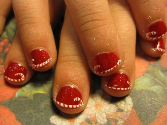 15 Simple Easy Christmas Nail Art Designs Ideas 2012 For Beginners Learners 10 15 Simple & Easy Christmas Nail Art Designs & Ideas 2012 For Beginners & Learners