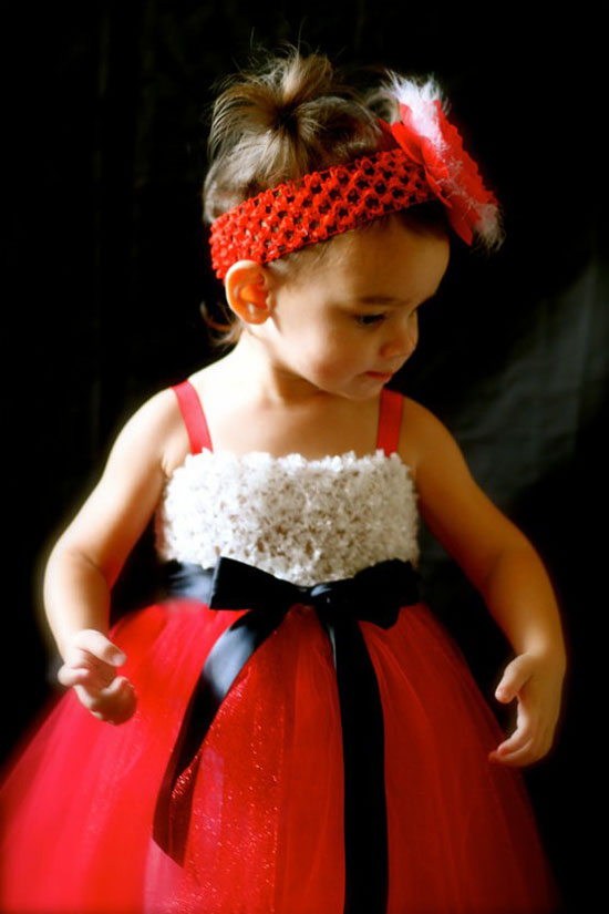 25 Best Christmas Costumes Outfit Ideas 2012 For Newborn Baby Girls Kids 11 25 Best Christmas Costumes & Outfit Ideas 2012 For Newborn Baby Girls & Kids