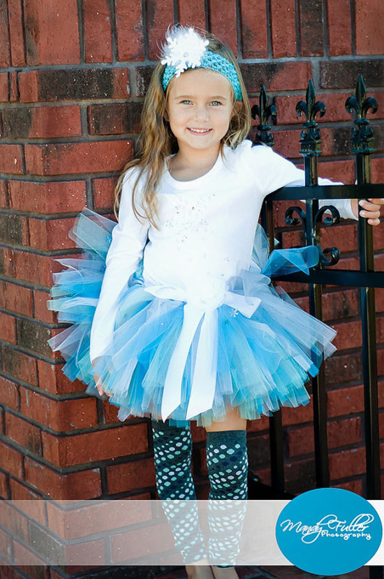 25 Best Christmas Costumes Outfit Ideas 2012 For Newborn Baby Girls Kids 21 25 Best Christmas Costumes & Outfit Ideas 2012 For Newborn Baby Girls & Kids