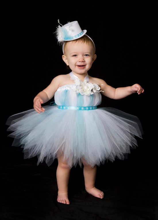 25 Best Christmas Costumes Outfit Ideas 2012 For Newborn Baby Girls Kids 23 25 Best Christmas Costumes & Outfit Ideas 2012 For Newborn Baby Girls & Kids