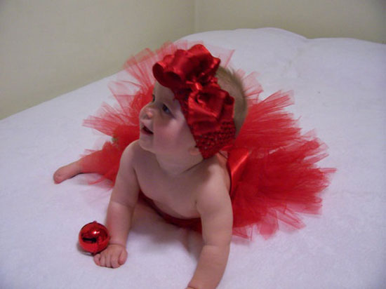 25 Best Christmas Costumes Outfit Ideas 2012 For Newborn Baby Girls Kids 4 25 Best Christmas Costumes & Outfit Ideas 2012 For Newborn Baby Girls & Kids