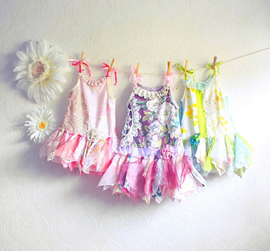 15-Beautiful-Cute-Christmas-Dresses-Outfits-2012-For-Newborn-Baby-Girls-Kids-1