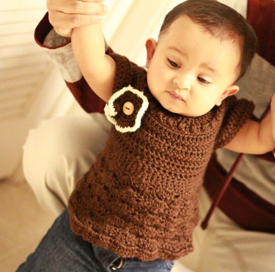 15-Beautiful-Cute-Christmas-Dresses-Outfits-2012-For-Newborn-Baby-Girls-Kids-10