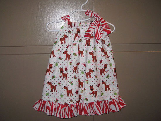 15 Beautiful Cute Christmas Dresses Outfits 2012 For Newborn Baby Girls Kids 3 15 Beautiful & Cute Christmas Dresses & Outfits 2012 For Newborn Baby Girls, Toddlers & Kids