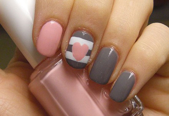 10-Creative-Happy-New-Year-Eve-Nail-Art-Designs-20122013-7