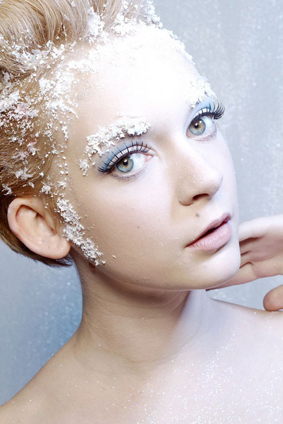 http://girlshue.com/wp-content/uploads/2012/12/10-Frozen-Ice-Snow-Queen-White-Winter-Make-Up-Ideas-2012-For-Girls-5.jpg