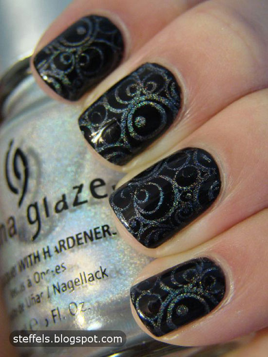 15-Best-Black-Acrylic-Nail-Art-Designs-Ideas-2013-For-Girls-4
