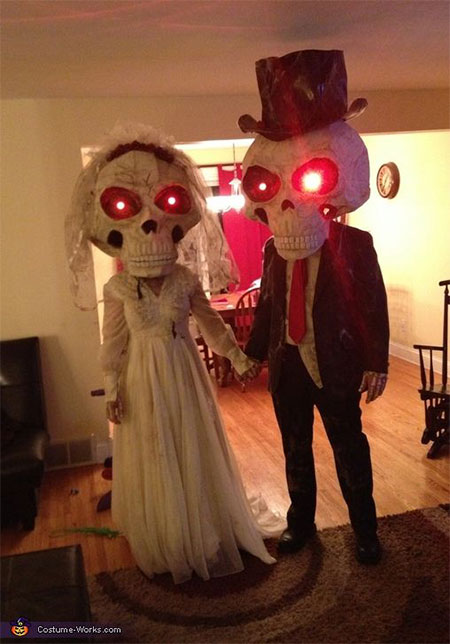 Unique-Scary-Halloween-Costume-Ideas-For-Couples-2013-2014-6