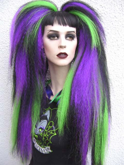 Unique-Yet-Scary-Hairstyles-For-Halloween-For-Girls-Women-2013-2014-2.jpg